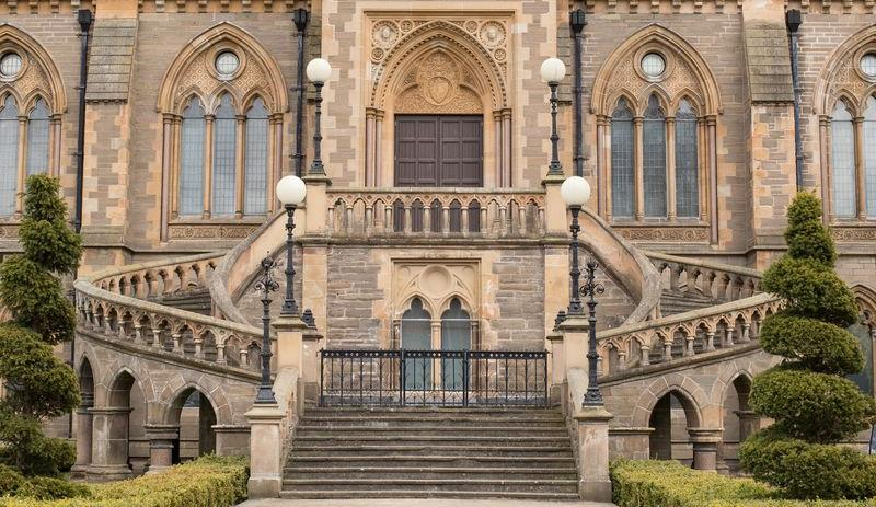 A History Heritage and Architecture Walk Tour